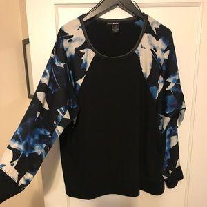 Sweaters - DKNY Sweatshirt / sweater